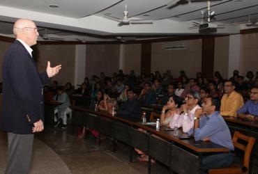 """A workshop on """"Direct and Indirect Sinus Lift"""" by acclaimed International Speaker"""